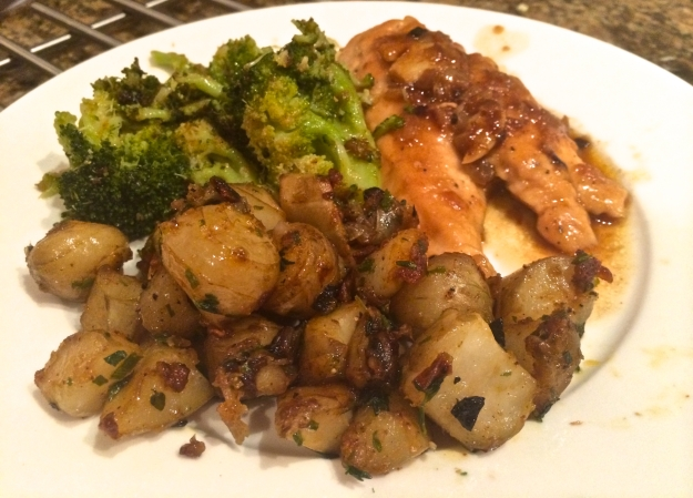 Co-starring sauteed chicken with shallots and steamed broccoli